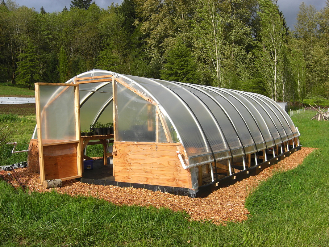 easy wood greenhouse plans